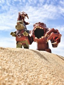 LEGO Gartogg and Rancor on the sand