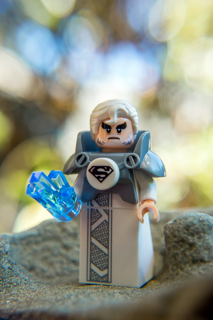 The Batman Movie Series 2 CMF Review: Jor-El