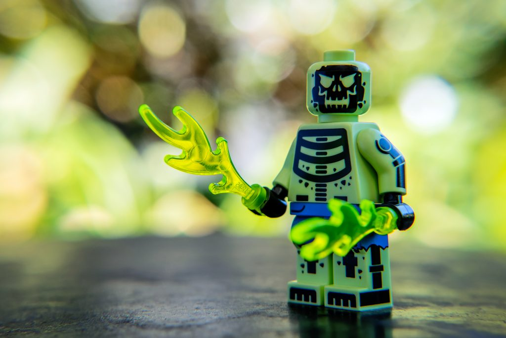 The Batman Movie Series 2 CMF Review: Doctor Phosphorus