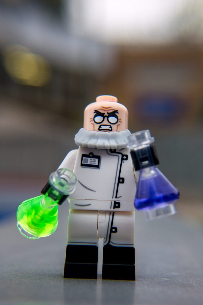 The Batman Movie Series 2 CMF Review: Hugo Strange