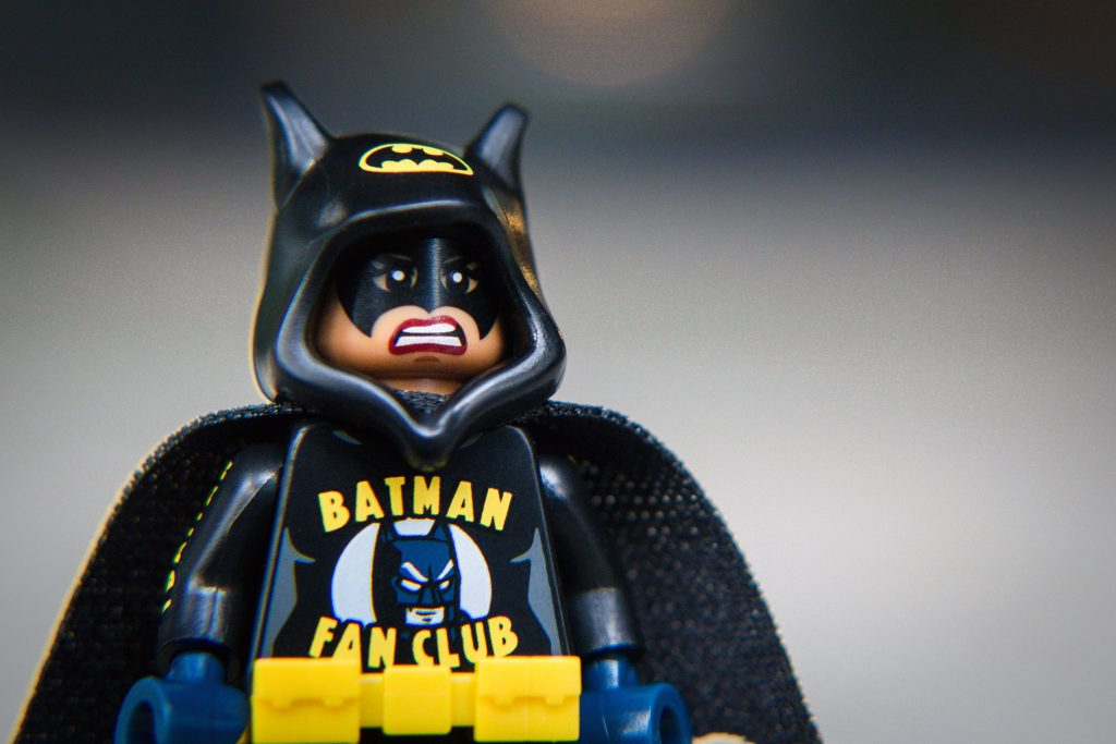 The Batman Movie Series 2 CMF Review: Batfan Batgirl