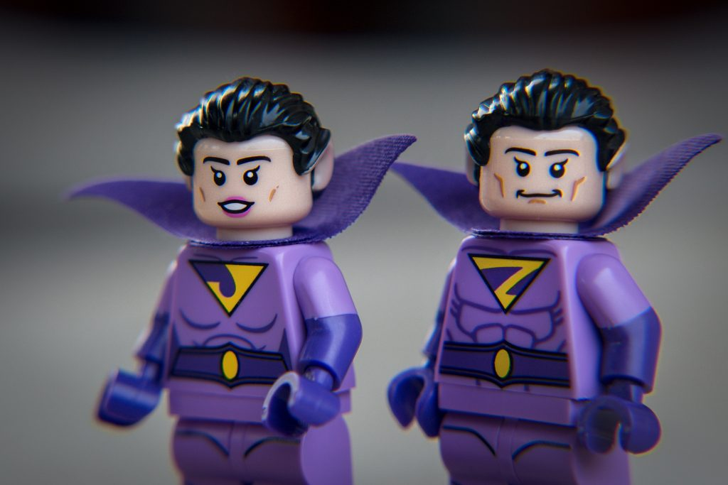 The Batman Movie Series 2 CMF Review: Jayna and Zan