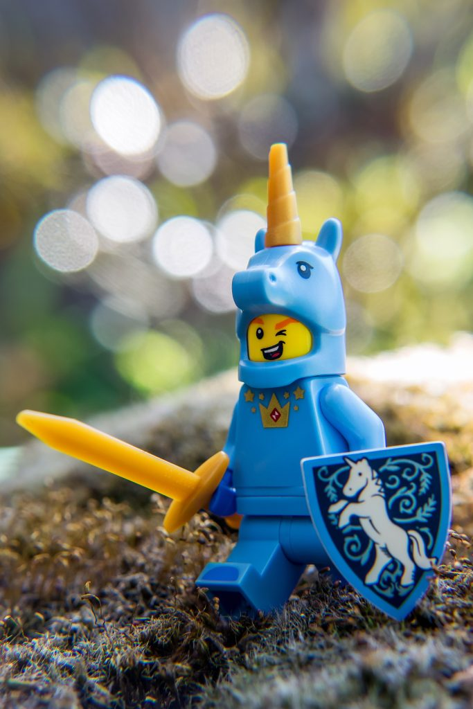 Series 18: Blue Unicorn Knight