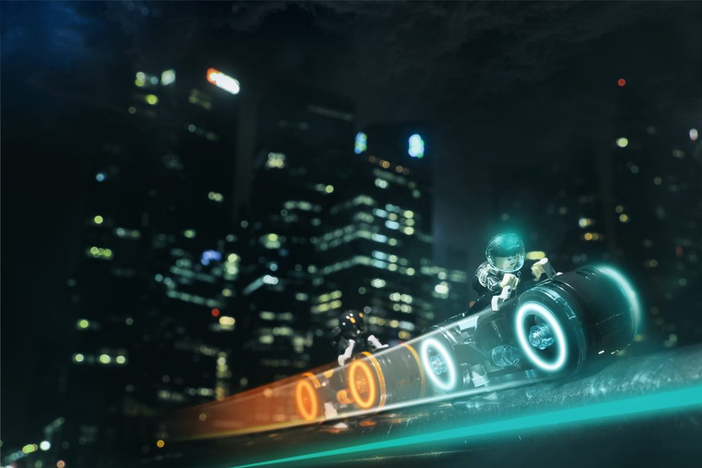Tron Legacy: Sunny Ang, Business District