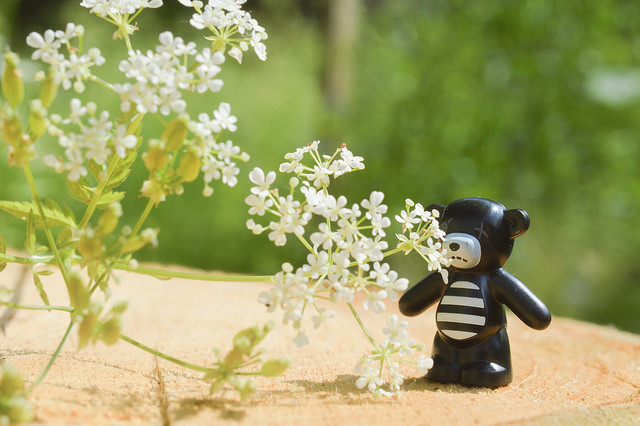 LEGO teddy with flowers