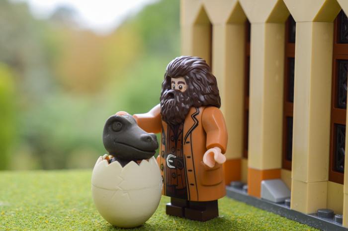 LEGO Hagrid with a dinosaur
