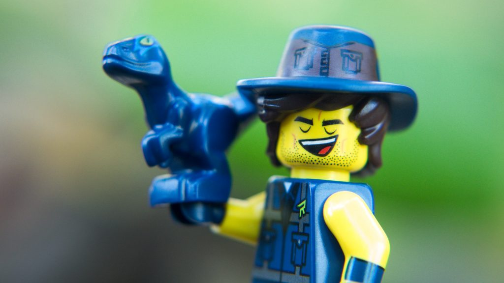 The LEGO Movie 2 Minifigure Review: Wild West Rex