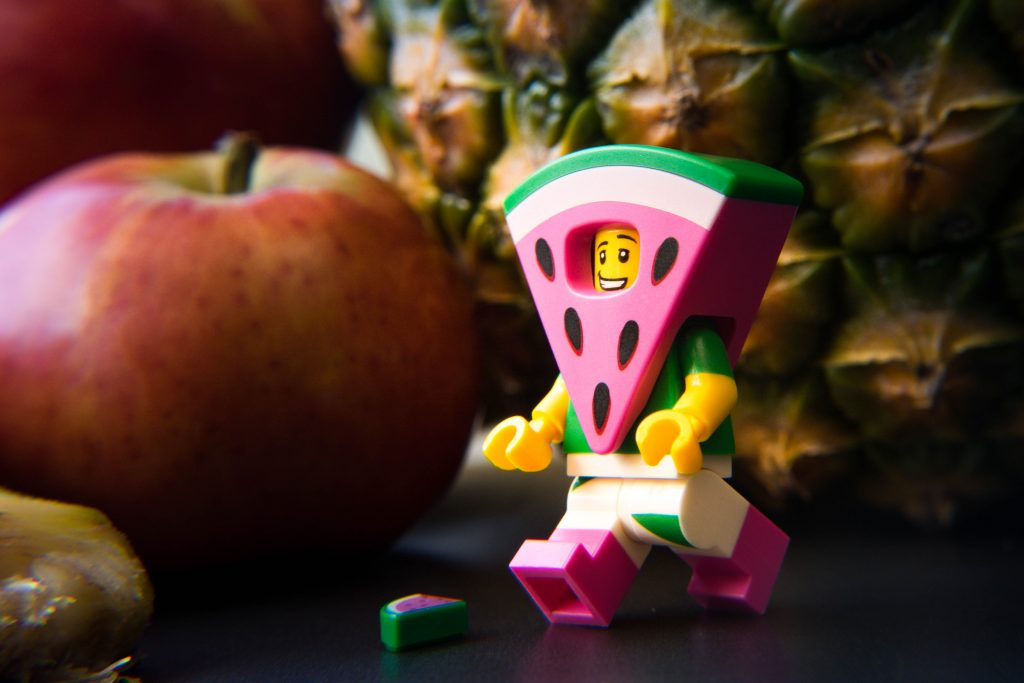 The LEGO Movie 2 Minifigure Review: Watermelon Suit Guy
