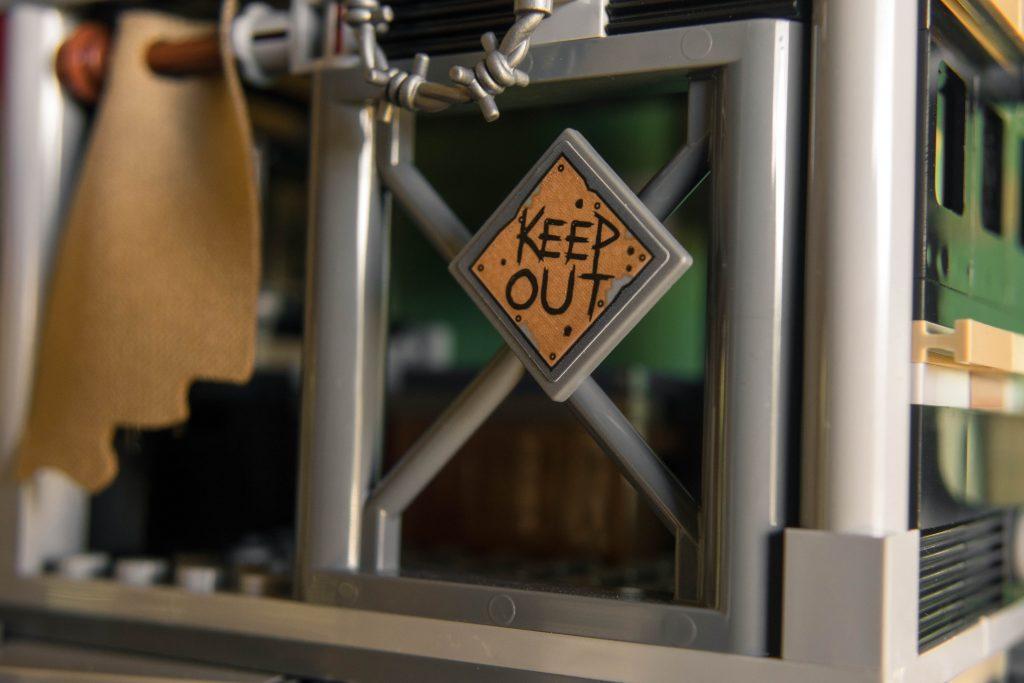 Welcome to Apocalypseburg! Keep out!