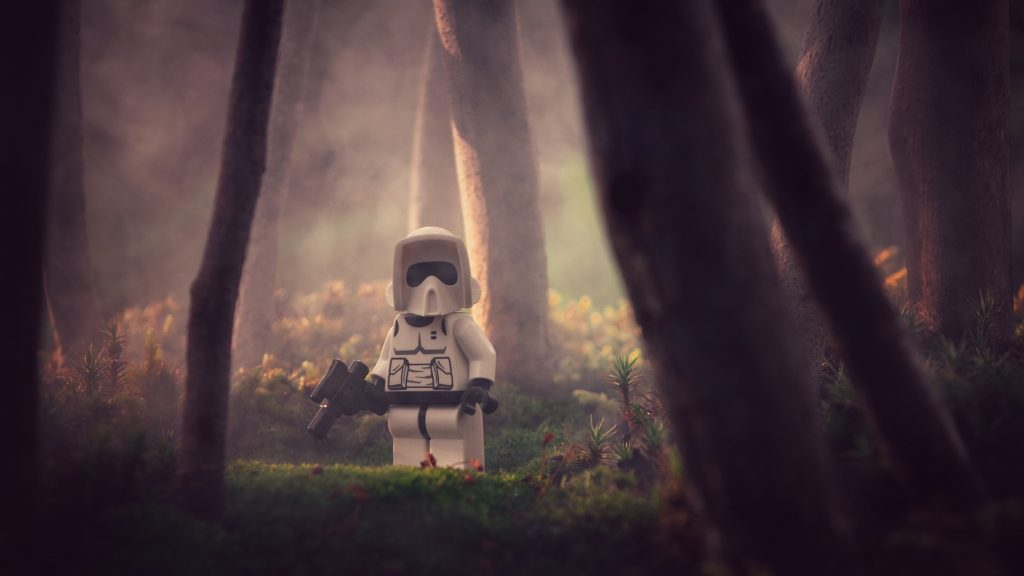 Growing little worlds: Lone Scout