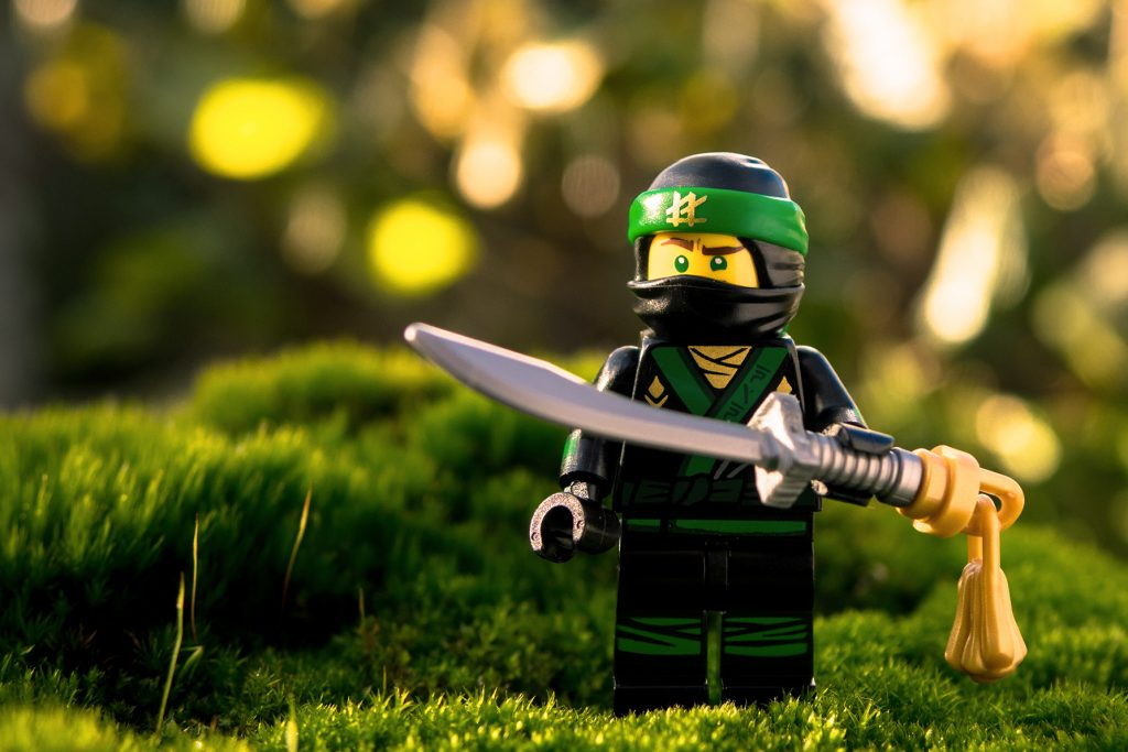 Lego Ninjago Sand Green Minifig Fisherman Torso NEW