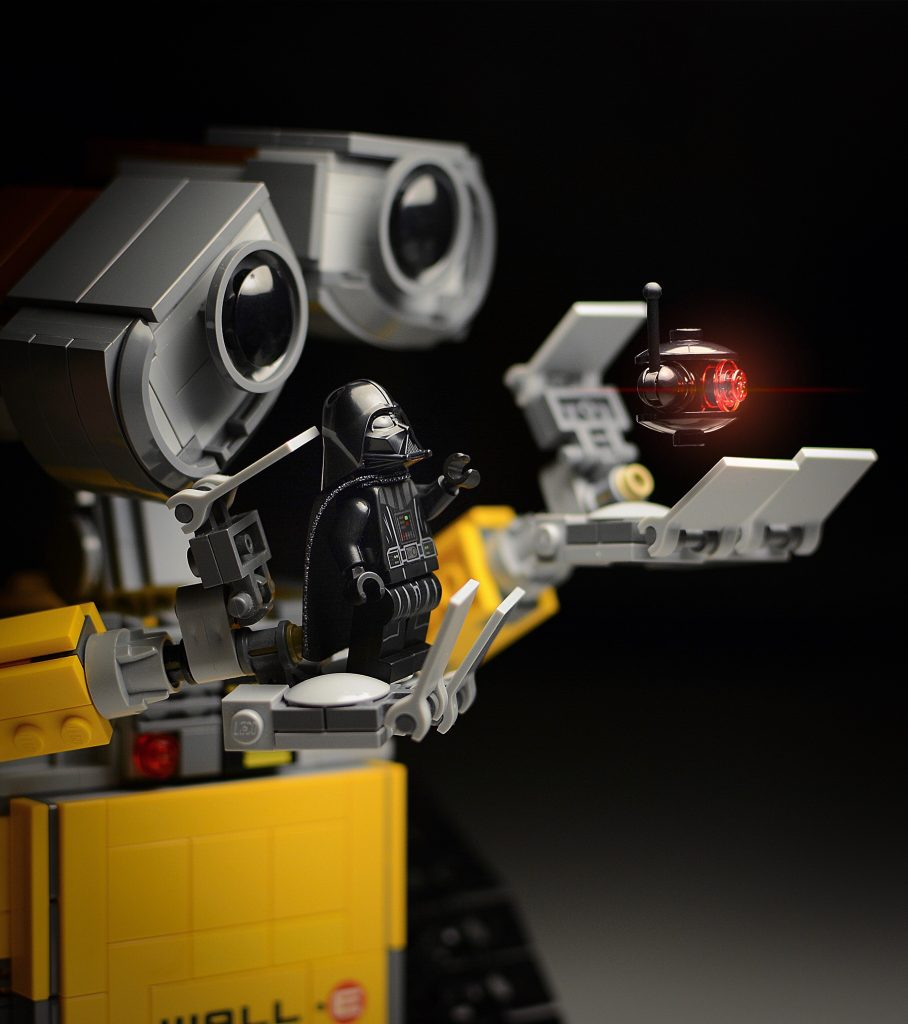 Why by Yuri: Feel the force of toy photography that unites all of us!