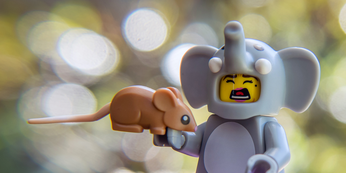 Series 18 Collectible Minifigures Review
