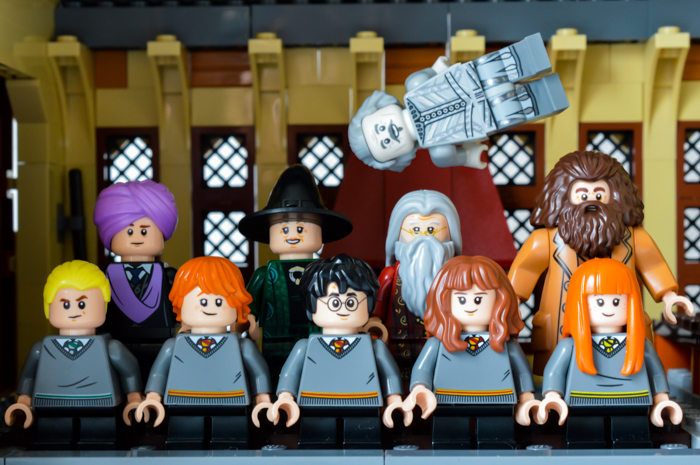 All 10 LEGO Great Hall figures