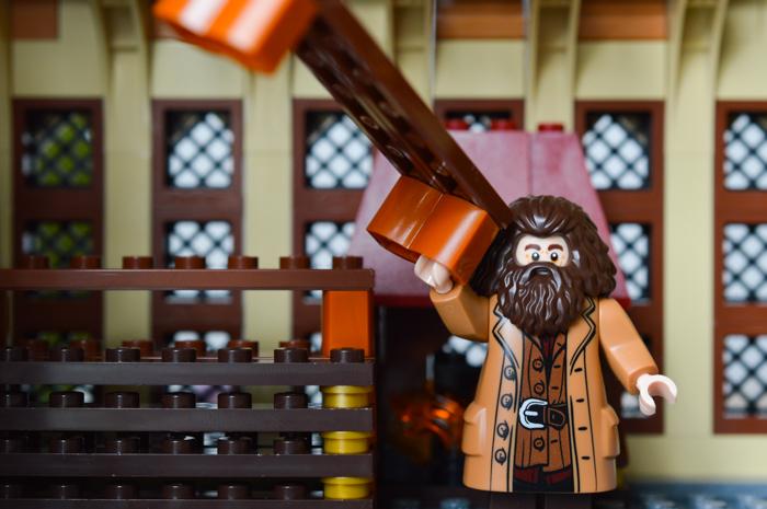 Hagrid lends a hand