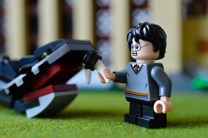 Harry gets a Basilsk tooth.