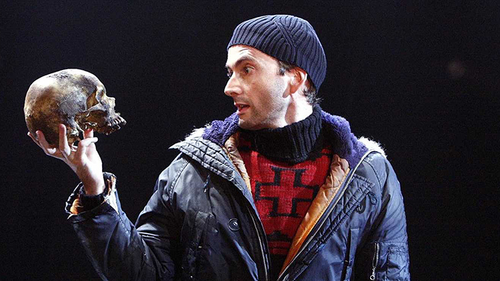 David Tennant performing Hamlet with a real skull