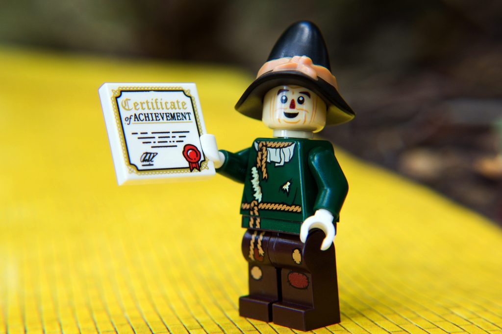 The LEGO Movie 2 Minifigure Review: Scarecrow