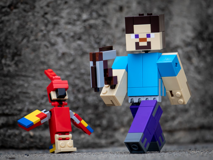 LEGO Minecraft BigFig Steve with parrot by @teddi_toyworld