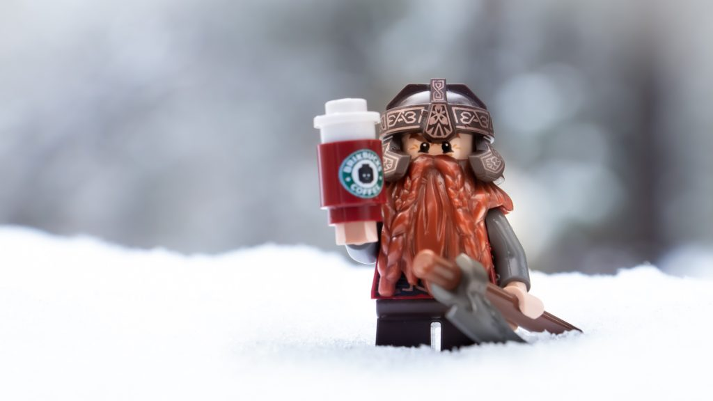 Gimli and his coffee by @mightysmallstories