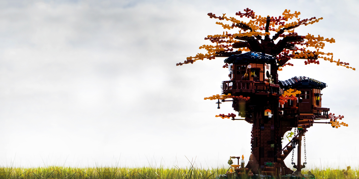 The LEGO Ideas Tree House, from a toy photographers point of view