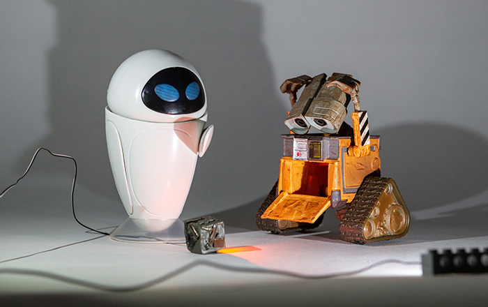 Wall-E and Eve lit with two flood (cool white) Just Plug LEDs from the left and right, plus one orange pin LED.