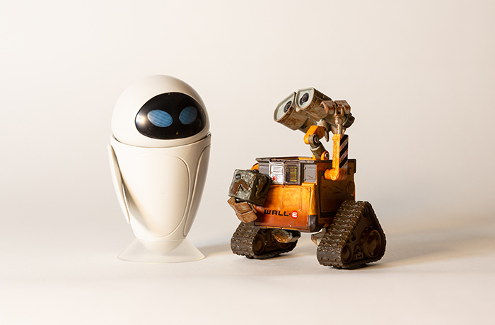 Wall-E and Eve shot with a blend of color temperatures.