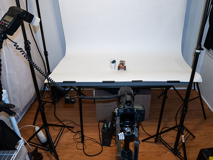 Behind the scenes, tabletop setup with single speedlight flash.