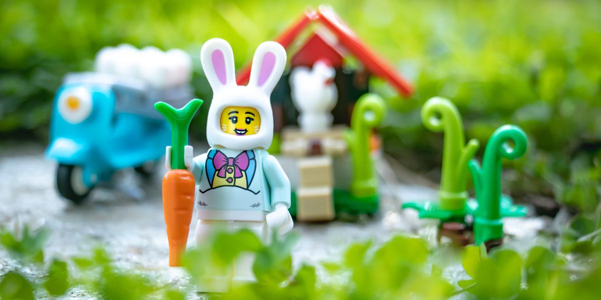 Easter Bunny house set review by Teddi Deppner
