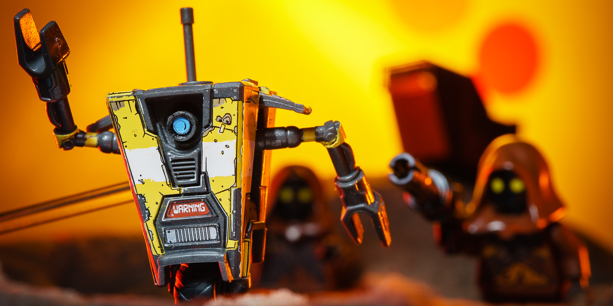 Review: Borderlands 3 Claptrap Micro Figure by Mega Construx