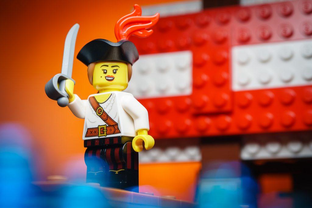 LEGO CMF Series 20 - Pirate