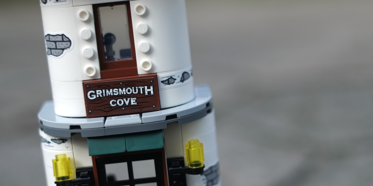 The Lighthouse of Darkness – a LEGO Hidden Side Set Review