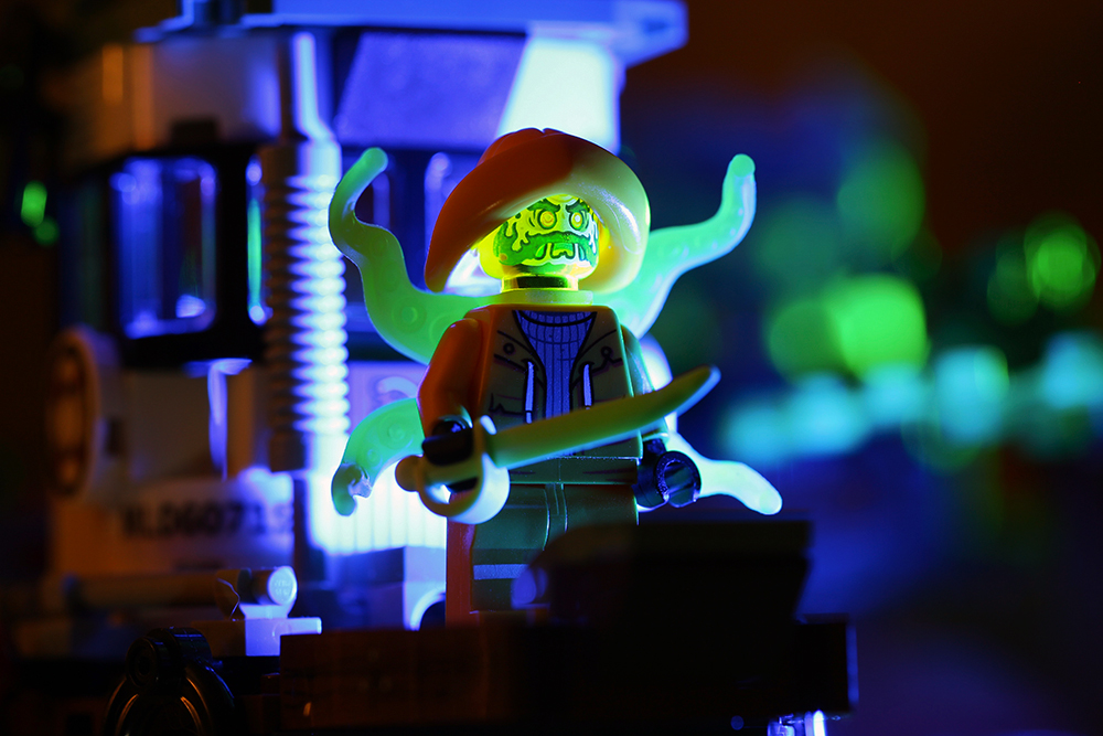 LEGO Hidden Side Wrecked Shrimp Boat (70419) Review