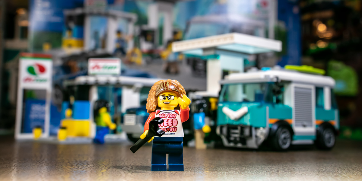 Building LEGO City Service Station 60257 – Set Review & Photo Narrative