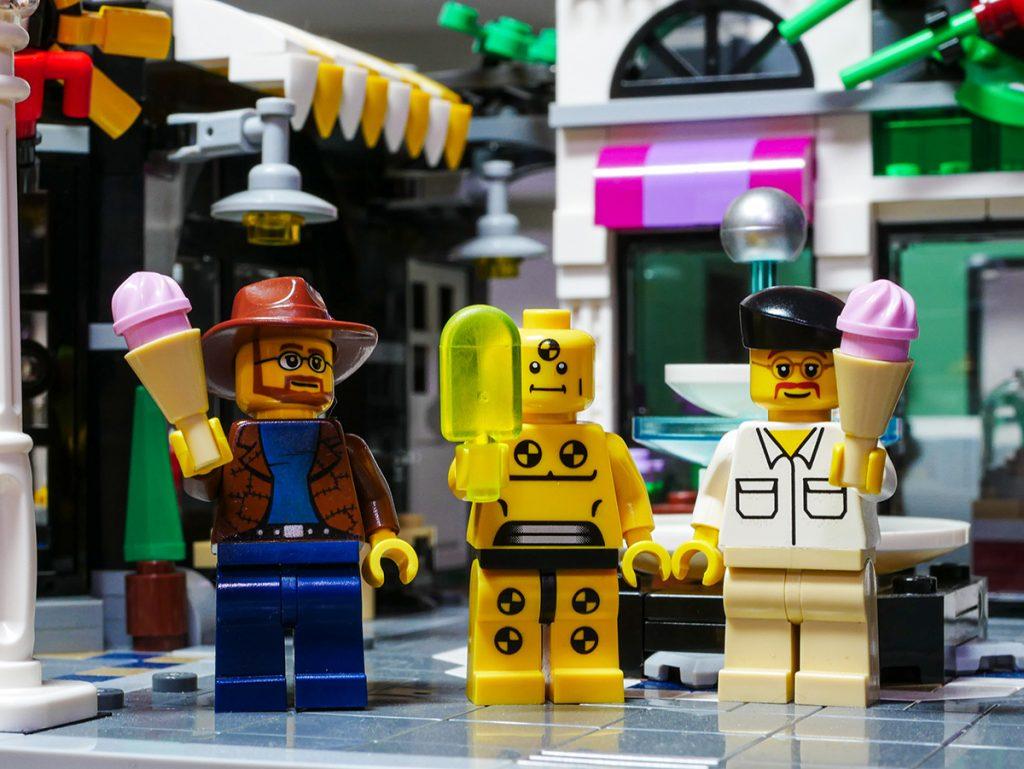 Lego MythBusters snack break