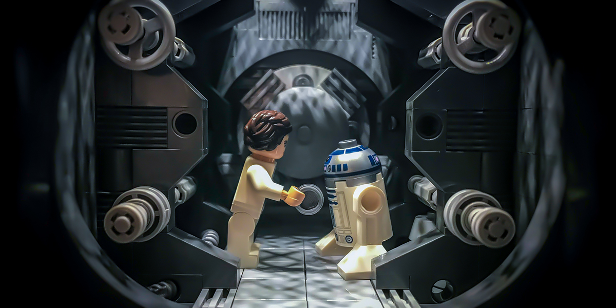 Leia and R2-D2 by @billsbrickz featured image
