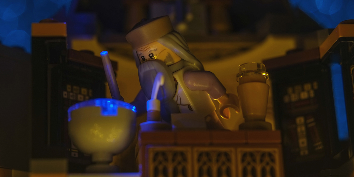 A Magical Contest: Win a Set of LEGO Harry Potter Minifigures
