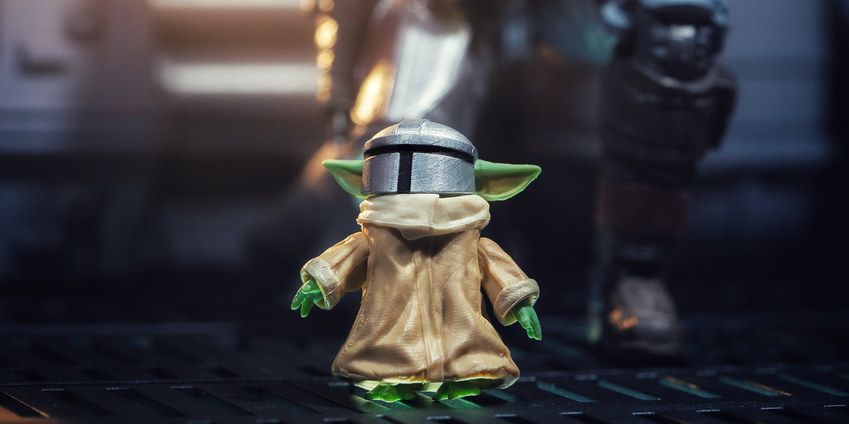 3D Printing for Toy Photography: Baby Yoda Gets a Mando Helmet