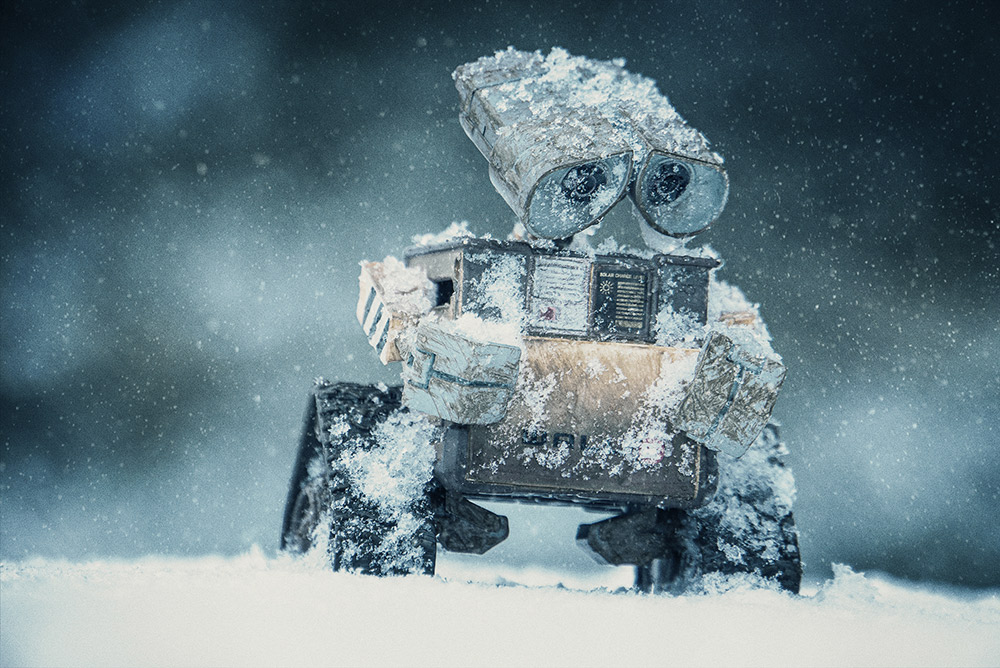 Wall-e in the snow