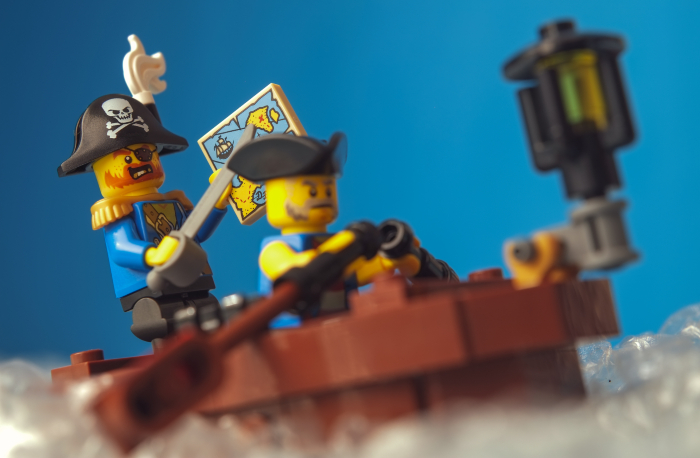 LEGO pirates captain  minifigure on the boat