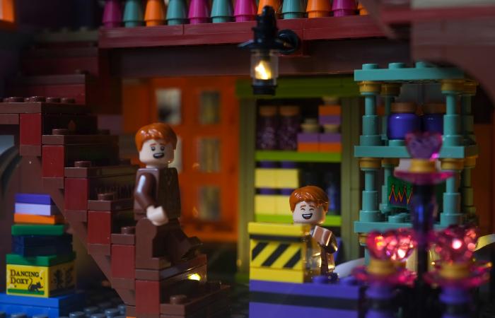 LEGO Harry Potter Diagon Alley set