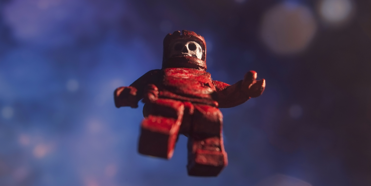Back to (Dead) Space: Zombienauts Are a Nostalgic Minifigure Nightmare