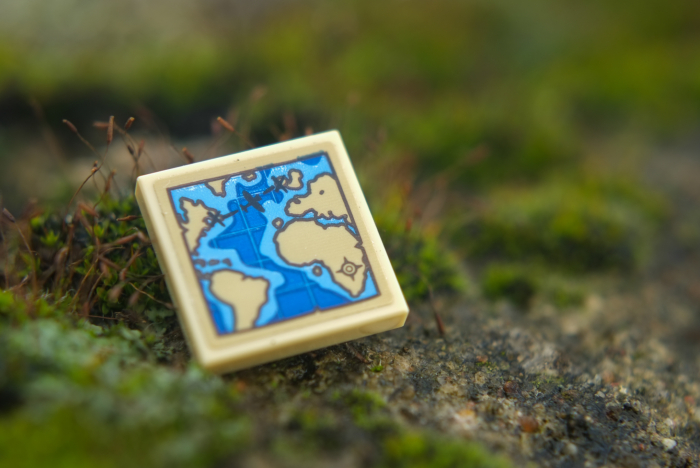 LEGO tile with map of Atlantic Ocean