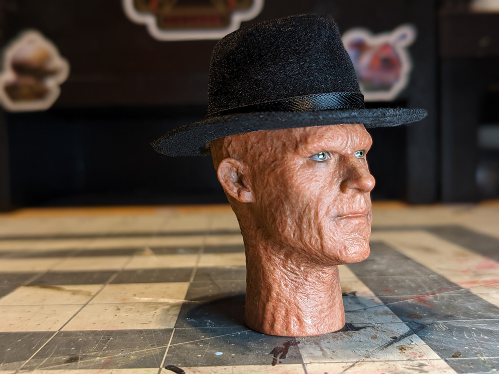 Wade Wilson with a hat