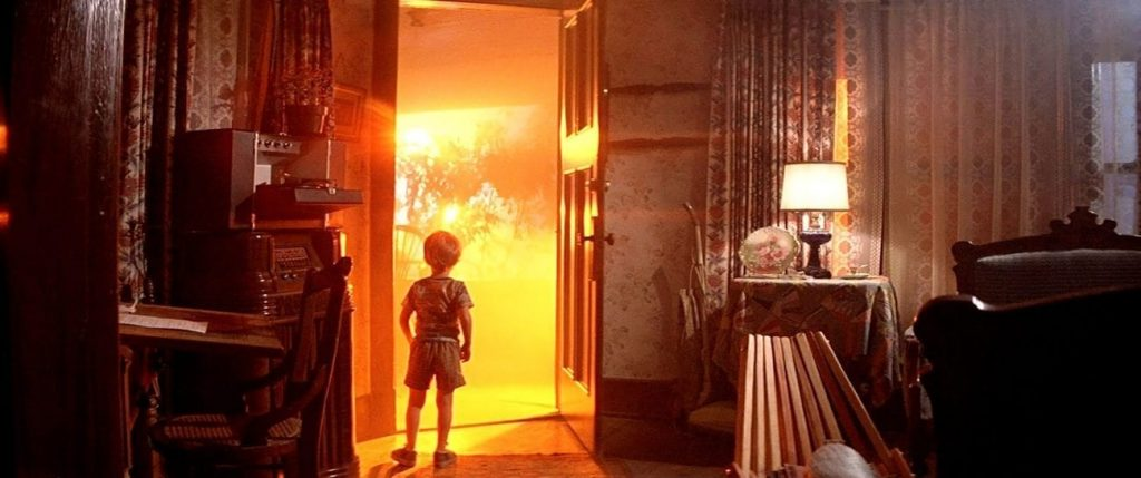 Screengrab from Close Encounters of the Third King.