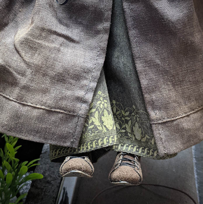 Gandalfs lower robe and shoes
