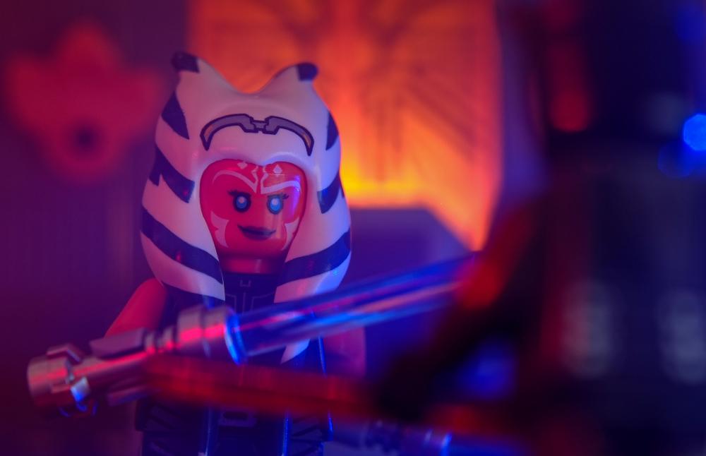 LEGO Ahsoka Tano minifigure looking at Darth Maul