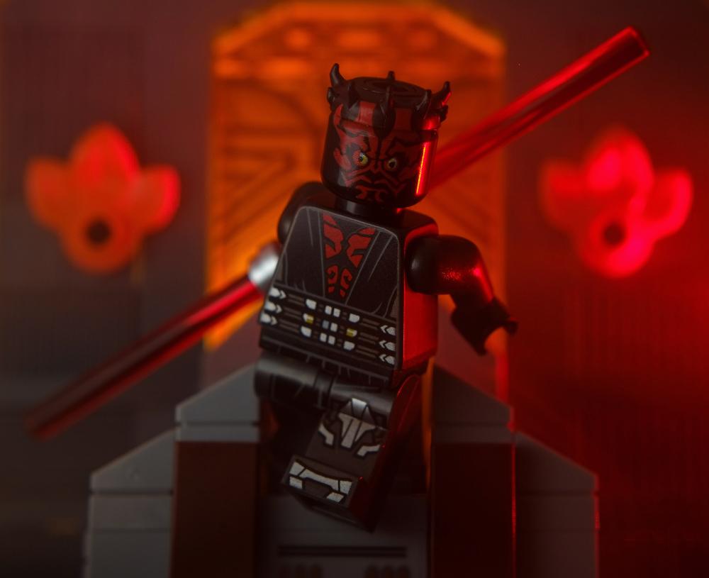 LEGO Darth Maul minifigure jumping off the Mandalore throne