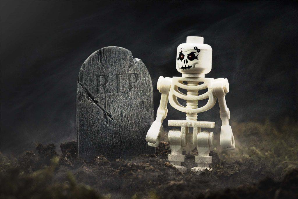 Tombstone: LEGO